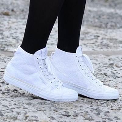 中学生の通学靴☆白のスニーカーの人気ランキング!